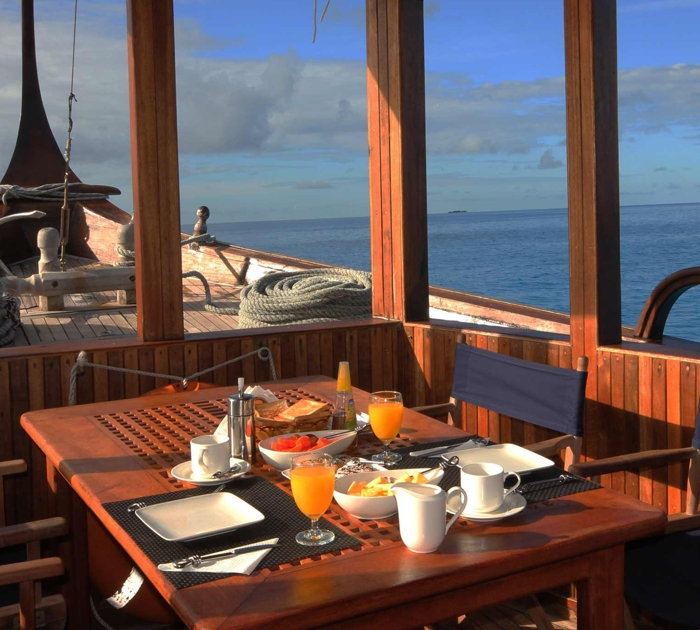Reviews and comments on a private dhoni cruise in Maldives